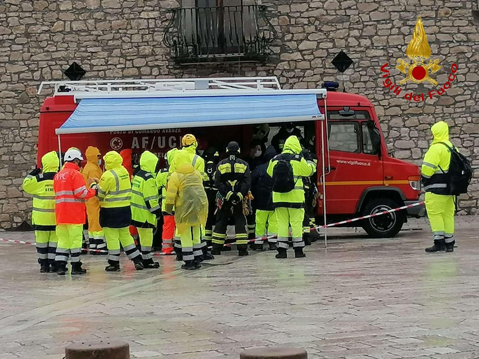 Esercitazione dei Vigili del fuoco nel territorio di ...